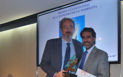 Gustavo Lejarriaga recibe el premio a la Excelencia de la Economía Social Madrileña concedido por ASALMA